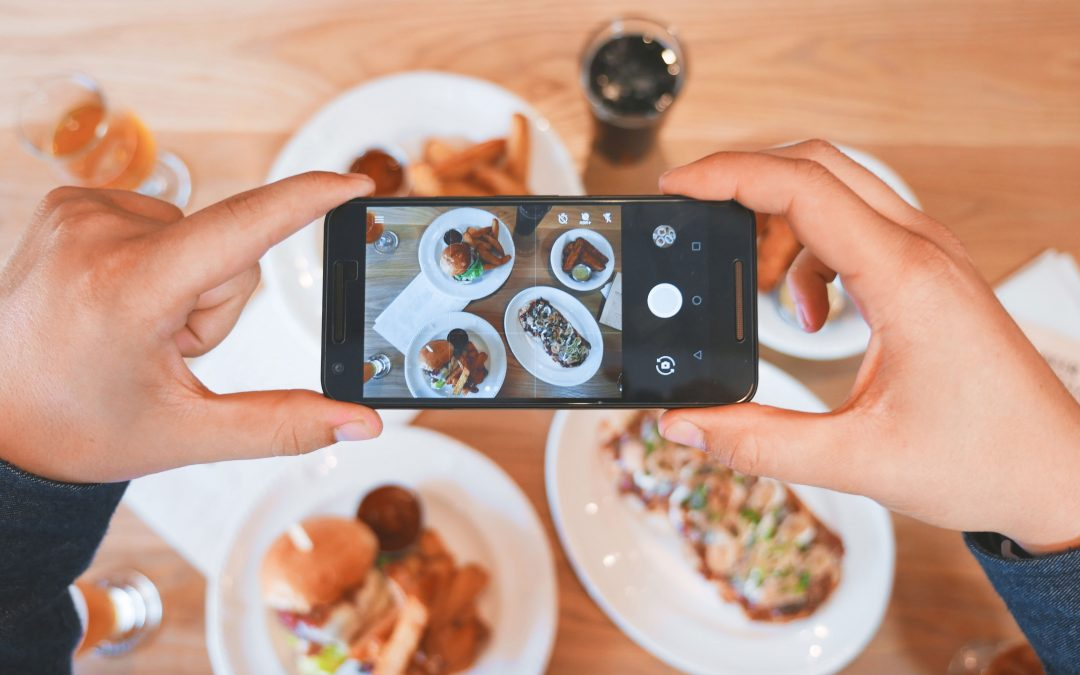 Photo Food Journaling:  A Modern Food Tracking Technique